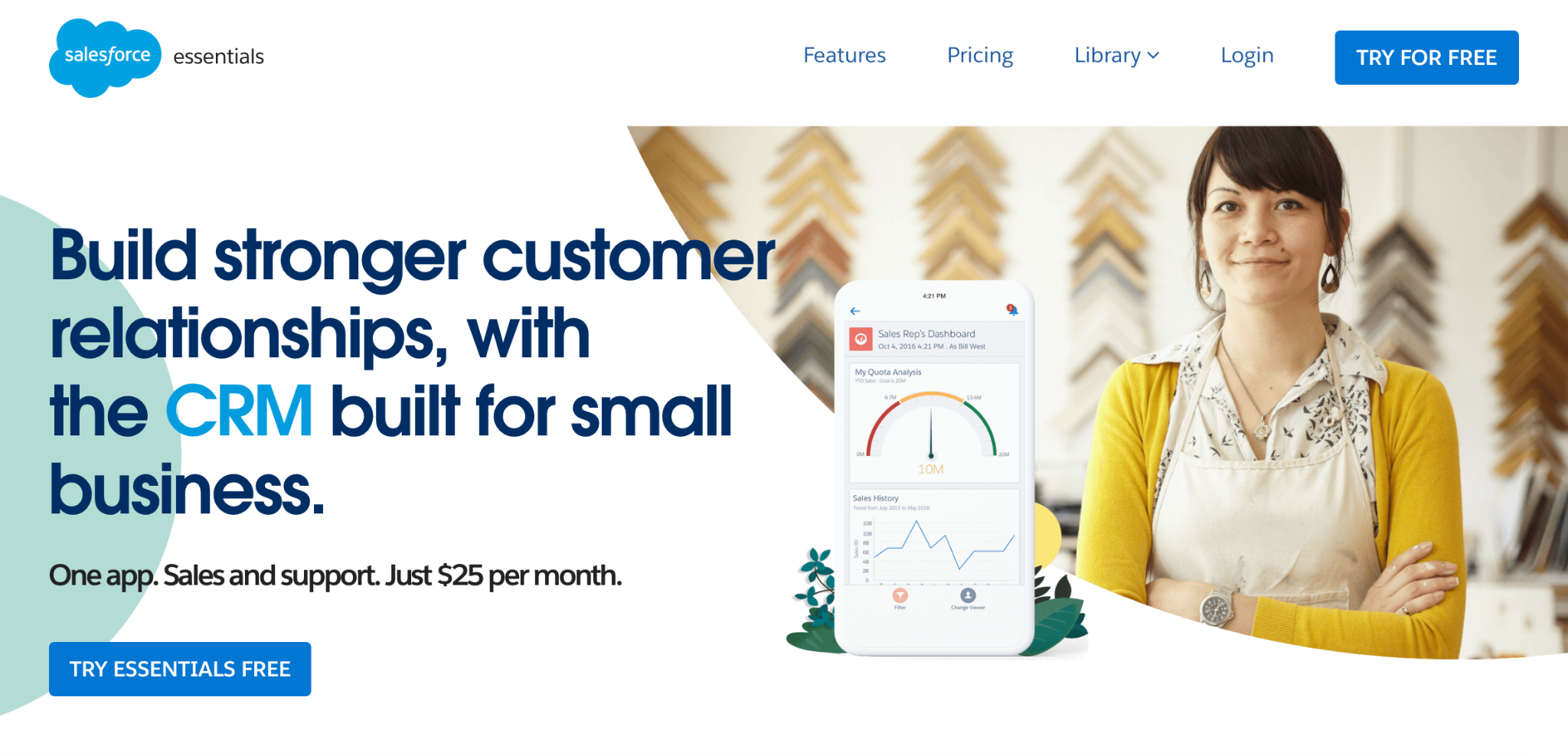 Salesforce Essentials homepage: Build stronger customer relationships, with the CRM built for small business.